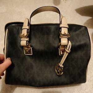 0f4b3cb518bc Women s Marshalls Handbags Michael Kors on Poshmark